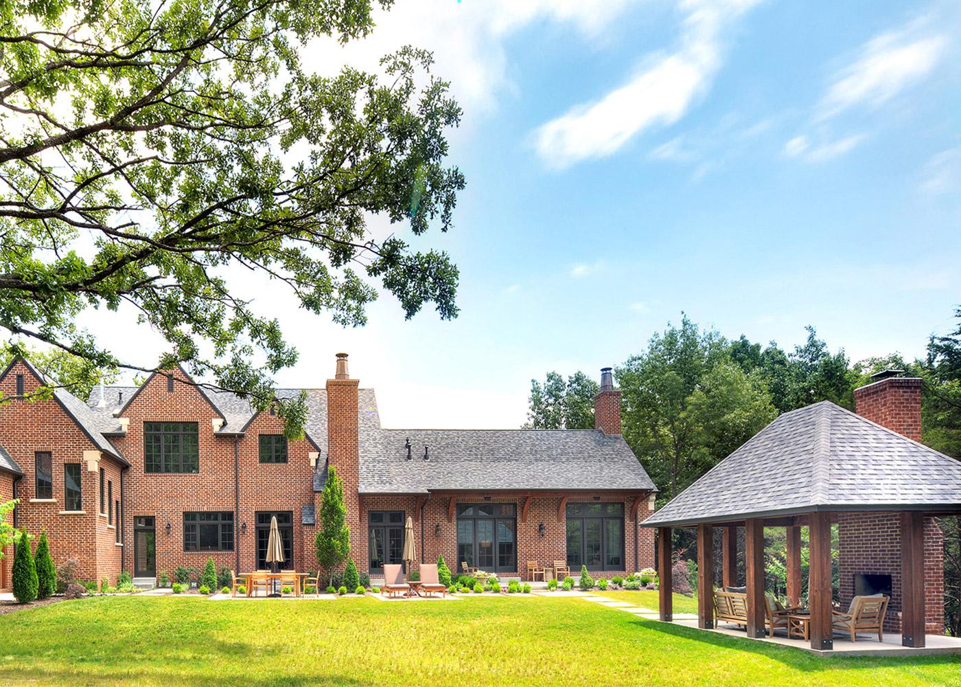 JLTDesign-Classic-Tudor-Backyard