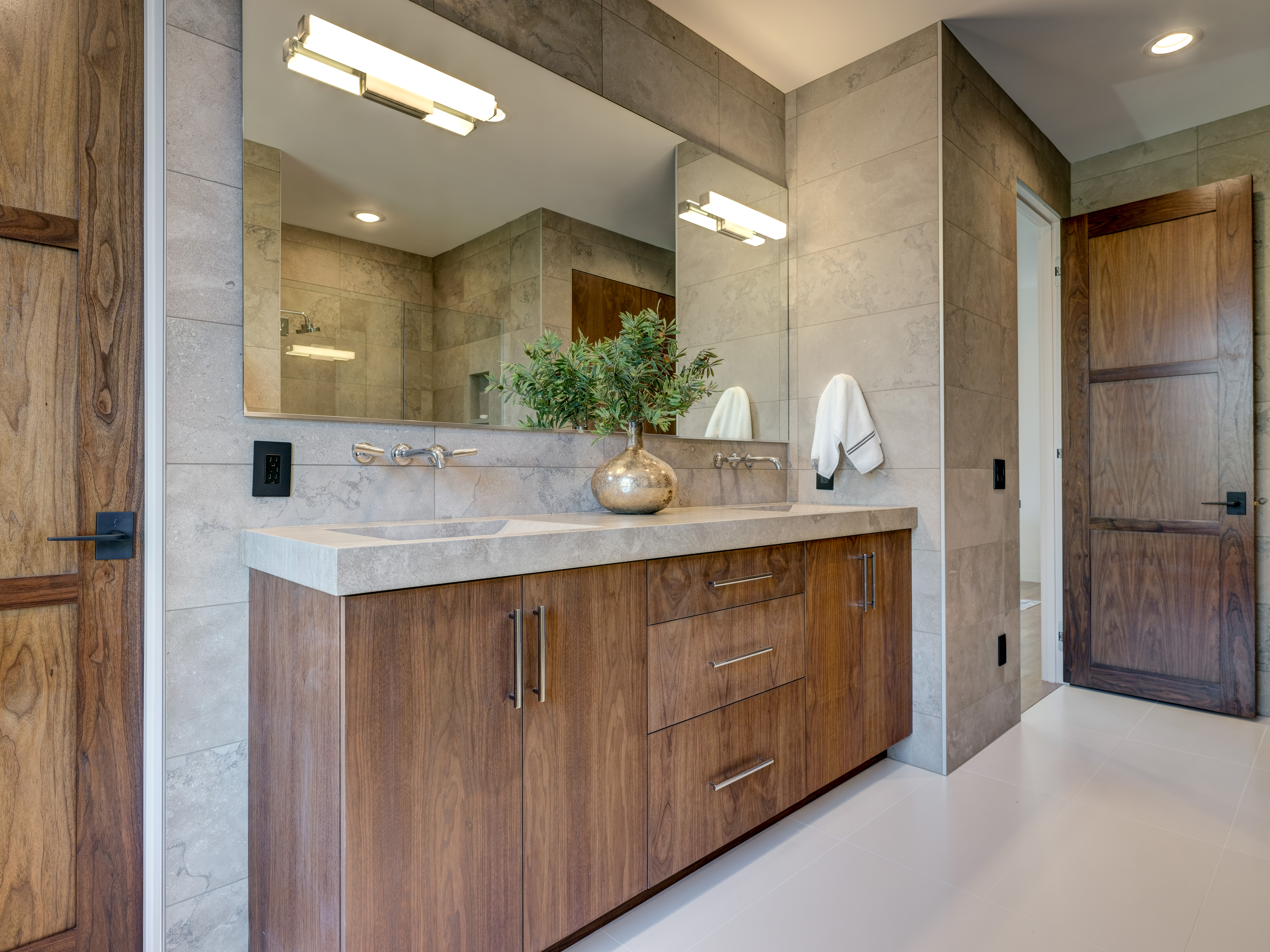 Guest-bath8