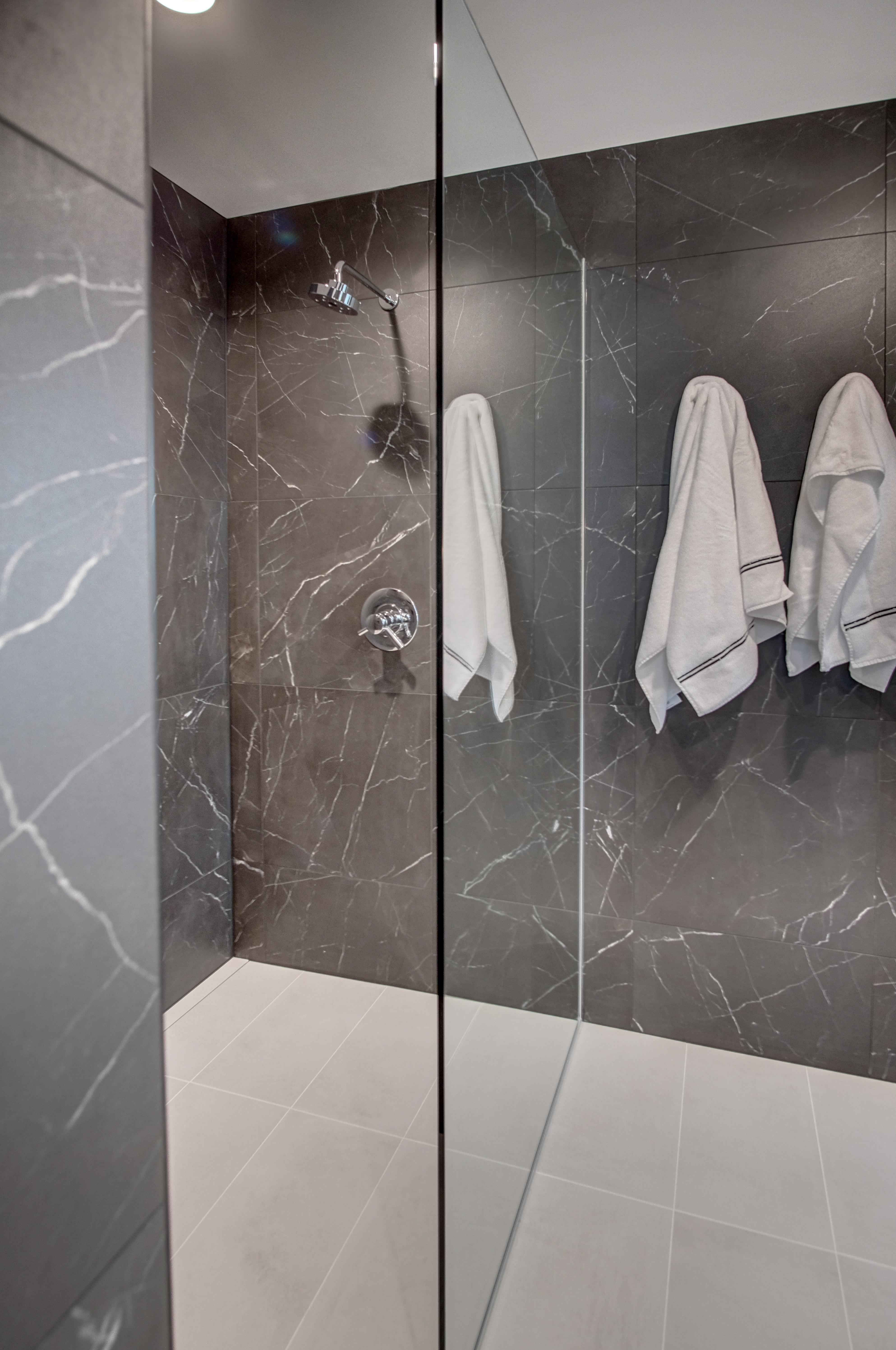 Guest-walk-in-shower